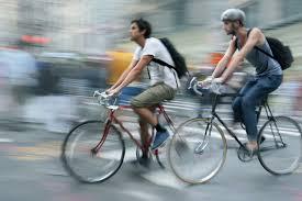 Los ciclistas sin conciencia del riesgo