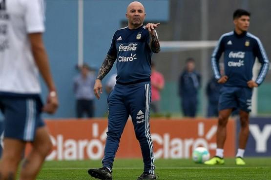 La selección inicia los entrenamientos y espera a Lionel Messi