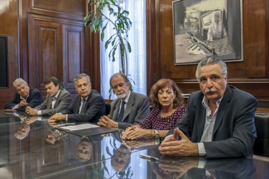 ACOVI y FECOVITA firmaron convenio con el Banco Nación