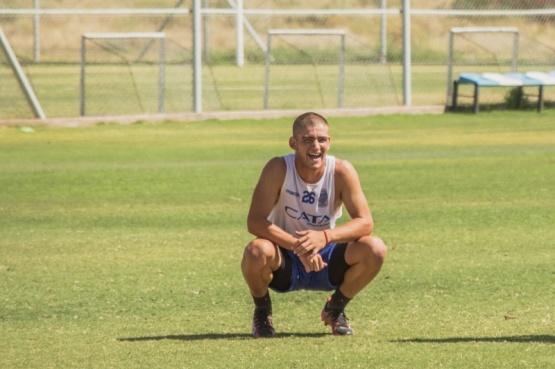 Un joven cumple su sueño de estar en primera división del fútbol Nacional.