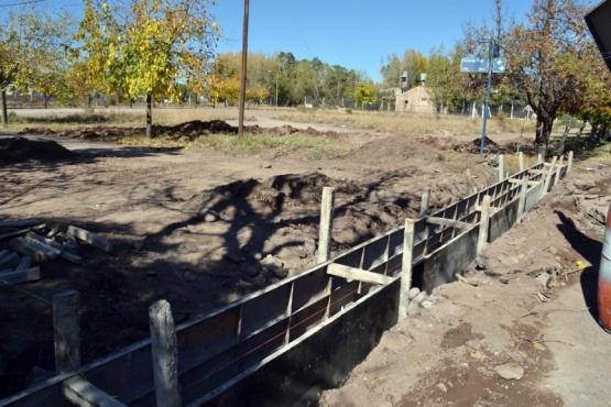Avanzan obras de drenajes que benefician a dos barrios de San Francisco del Monte