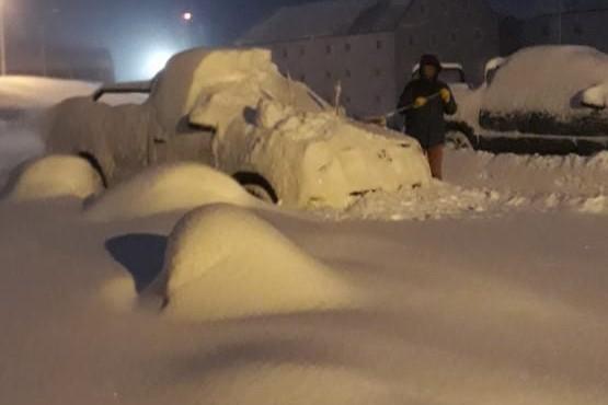Nieve en Alta Montaña y paso cerrado