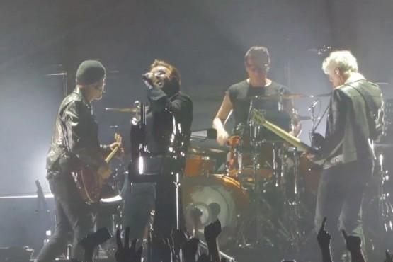 U2 makes HISTORY