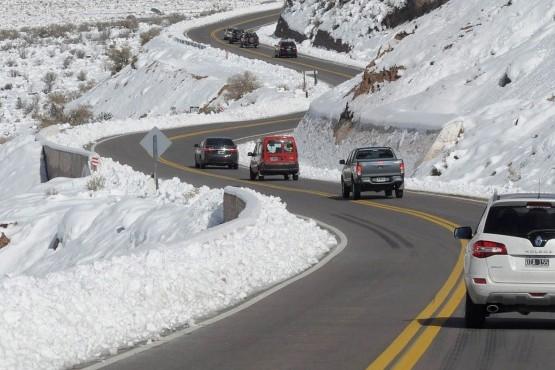 Cómo conducir en rutas con hielo, nieve o niebla