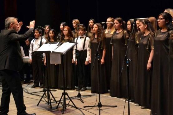 El Coro de Niños emprende vuelo hacia Ecuador