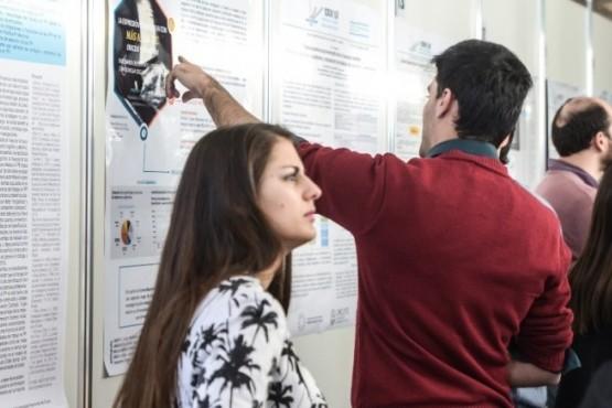 Jóvenes investigadores mostraron sus aportes a la ciencia