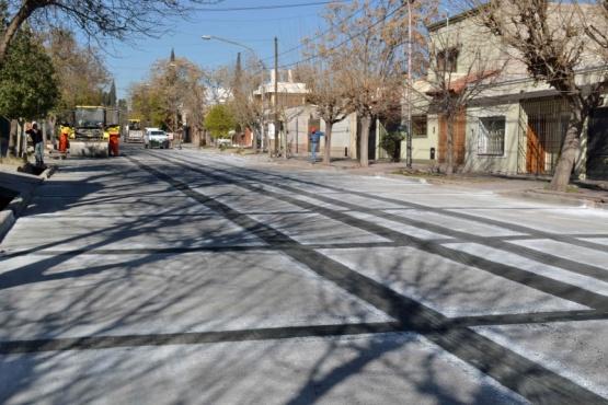 Asfalto modificado para calle Victoria de Villa Nueva