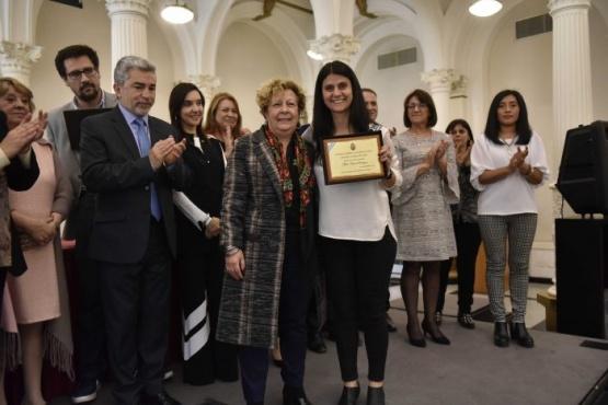 """Jimena Morán representó a Mendoza en la distinción """"Maestro Ilustre"""""""