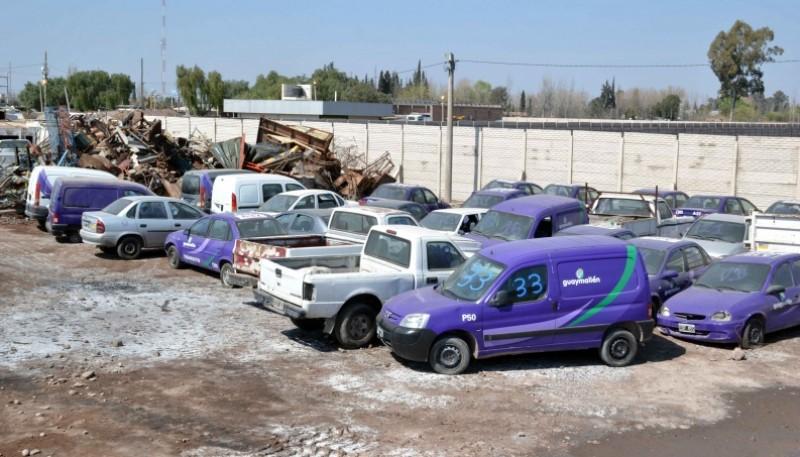 Remate de 72 lotes de vehículos, maquinarias y chatarras