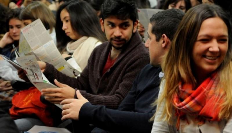 Cerca de 200 universitarios se irán de intercambio al extranjero