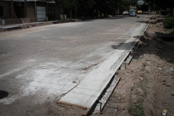 Iniciaron importantes obras de drenajes en Dorrego Sur