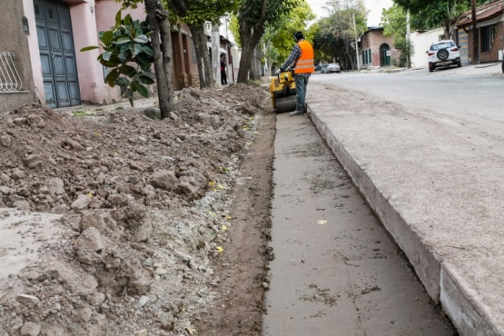 Avanza obra de drenaje en calle Lamadrid