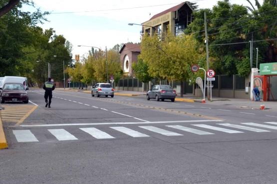 Ordenamiento vehicular en calle Bandera de Los Andes