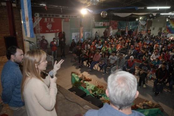 Fernández Sagasti escuchó demandas del sector rural