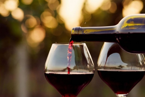 "Vinos con sello ""Alimento Argentino"""