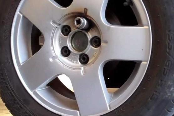 Aprobaron Ley que busca desalentar el robo de neumáticos
