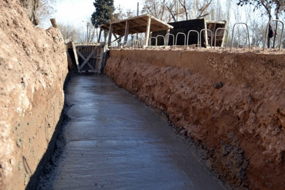 Buena Nueva: sistema de drenajes para calle Roca