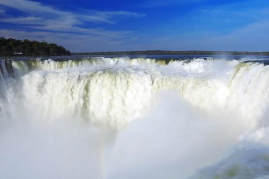 Nuevos vuelos a Rosario e Iguazú desde Mendoza