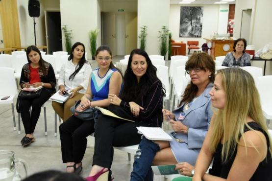 Debaten líneas de acción para abordar la problemática de mujeres con discapacidad