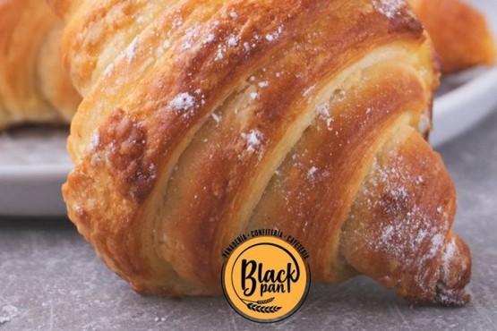 Calidad y delicias en una nueva panadería de Maipú