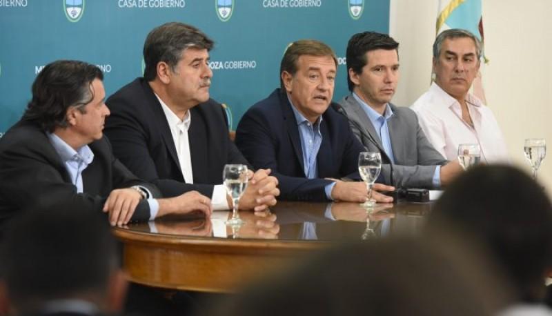 El Gobernador Rodolfo Suarez anunció la derogación de la ley 9209