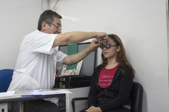Móvil oftalmológico gratis en Maipú