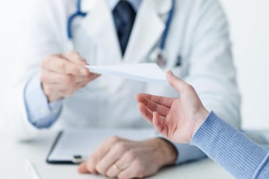 Cobos promueve por Ley la consulta médica remota