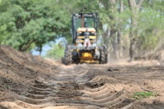 Continúa el programa de conservación de rutas y caminos