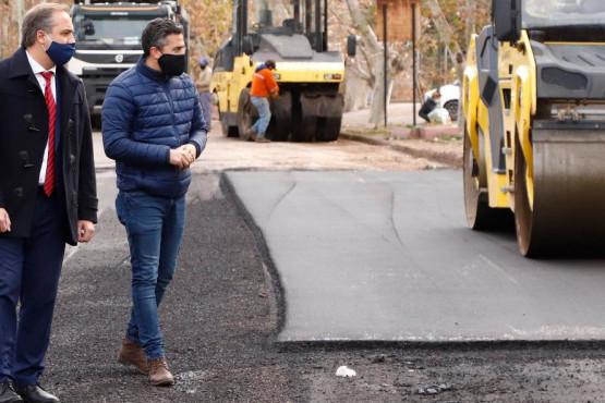 Maipú: mejora el sistema cloacal y remodela calle Sarmiento