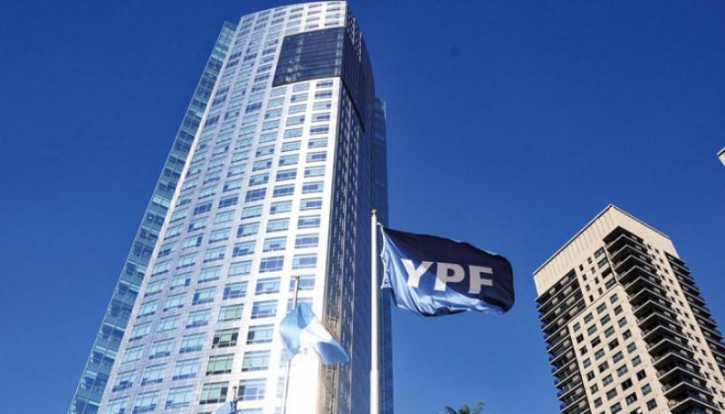 Stevanato acompañó la visita del CEO de YPF a Mendoza